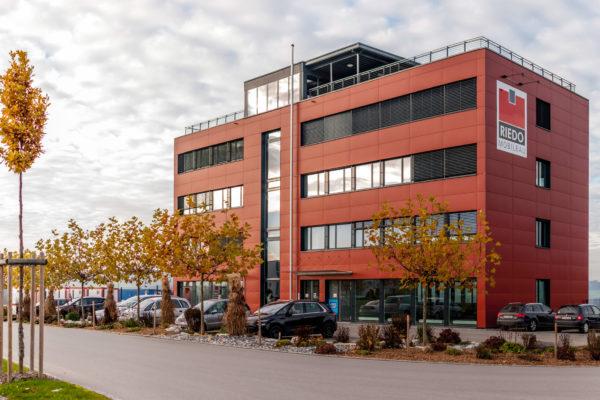 Neubau Riedo Baucenter AG und Mobilbau AG, Düdingen