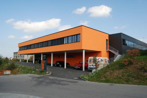 Neubau Büro- und Lagergebäude Raric AG, Düdingen